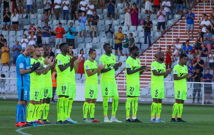 Malgré les blessures de Jessy Deminguet et Malik Tchokounté ainsi que le carton rouge de Djibril Diaw, les caennais ont fini par s'imposer sur la pelouse de l'AC Ajaccio