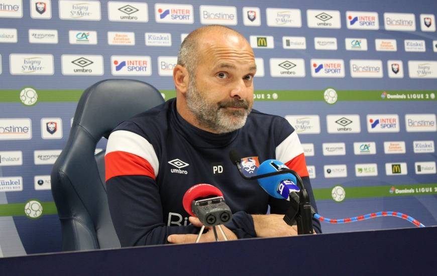Pascal Dupraz et les Caennais débuteront la phase retour de Domino's Ligue 2 sur la pelouse du FC Lorient