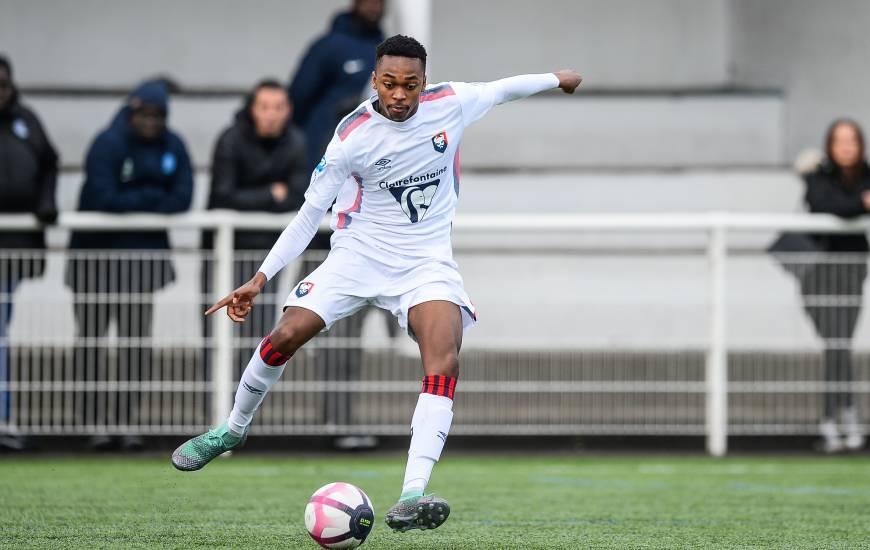 Avec 60% des votes, le but victorieux de Précieux Nkaba face à l'AF Virois a été élu plus beau but de la réserve du SM Caen en 2019/2020