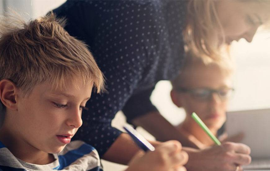 Avec l'Association Quartiers Jeunes, le Stade Malherbe Caen s'engage contre le décrochage scolaire