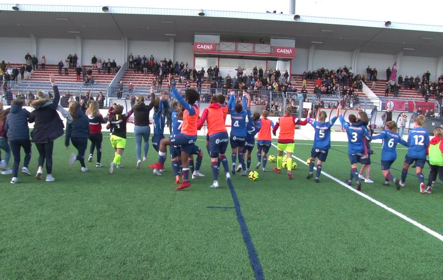 La joie de toute la section féminine du SM Caen après la qualification en 32ème de finale de la Coupe de France Féminine