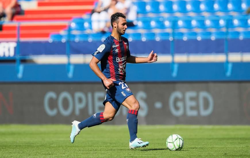 Absent du groupe depuis plusieurs semaines, Azzeddine Toufiqui fait son retour à l'occasion du 7e tour de la Coupe de France