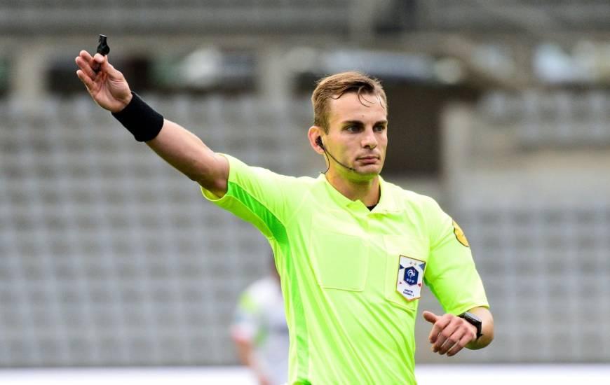Guillaume Paradis va diriger une rencontre du Stade Malherbe Caen en Ligue 2 BKT pour la première fois