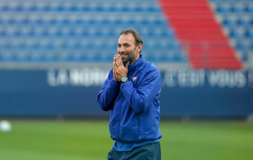 Entraîneur-adjoint du Stade Malherbe, Cédric Hengbart a évolué pendant cinq saisons du côté de l'AJ Auxerre