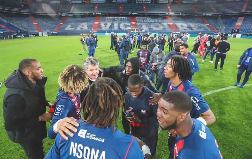 Il y a deux semaines, les joueurs du Stade Malherbe Caen obtenaient leur maintien en Ligue 2 BKT