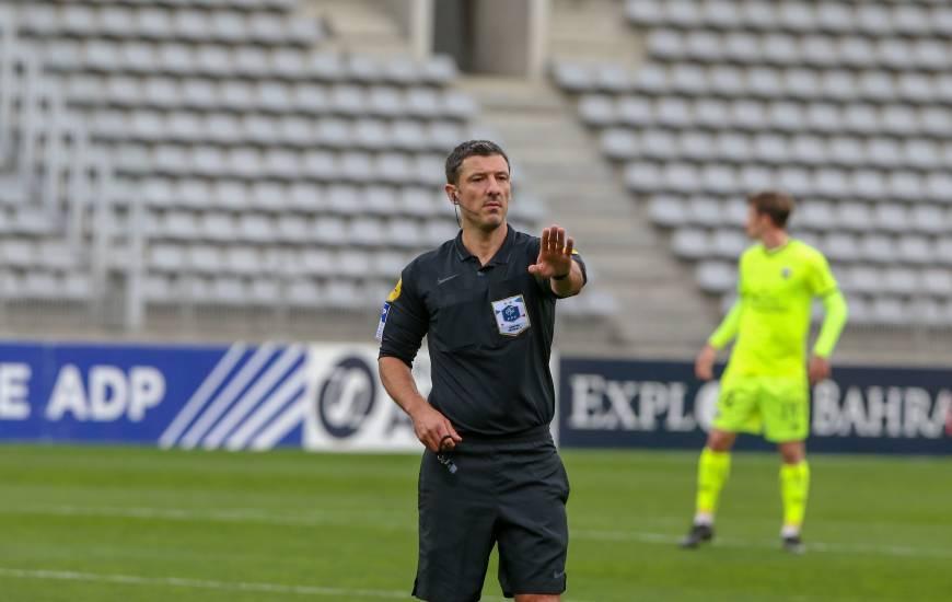 Nicolas Rainville avait arbitré le Stade Malherbe Caen sur la pelouse du Paris FC cette saison