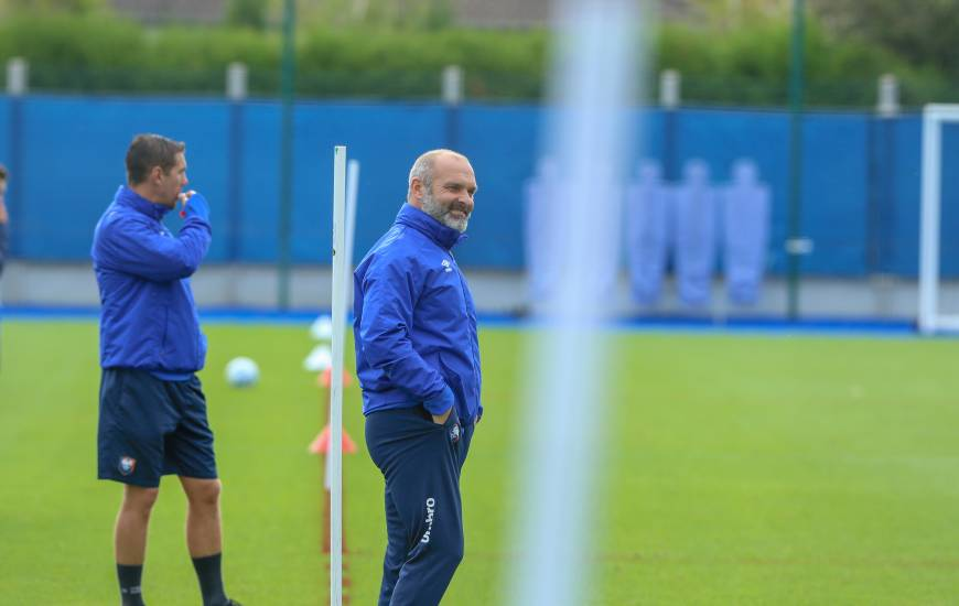 Pascal Dupraz et les joueurs du Stade Malherbe Caen se déplaceront sur la pelouse de l'AJ Auxerre demain soir à 20h00