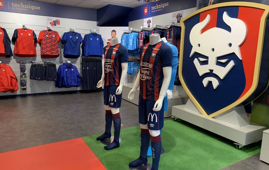 La boutique officielle du Stade Malherbe Caen réouvre ses portes à partir de samedi après-midi