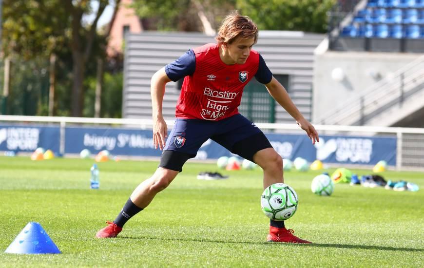 Loup Hervieu et les joueurs du Stade Malherbe Caen débutent leur préparation face au Paris FC