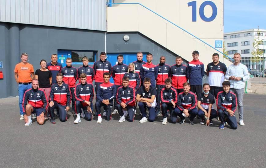 La promotion 2020 / 2021 de la formation BPJEPS sports collectifs du Stade Malherbe Caen