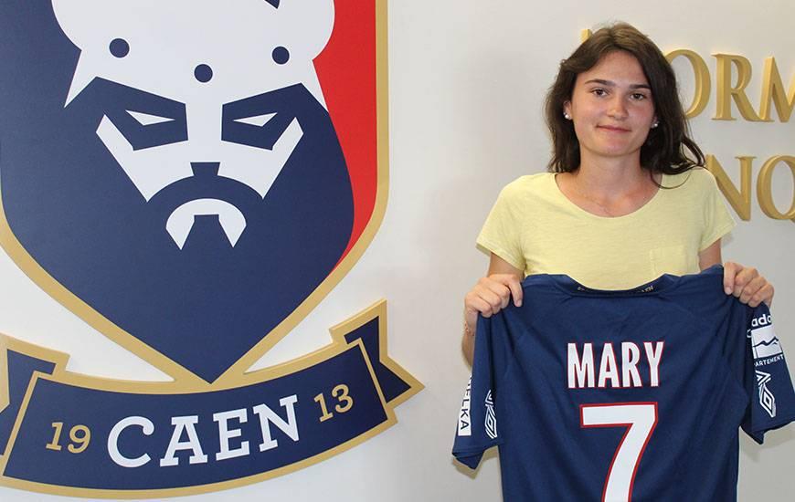 Lucie Mary qui a découvert la D2 et la R1 du côté du Mans et d'Angers rejoint le Stade Malherbe Caen