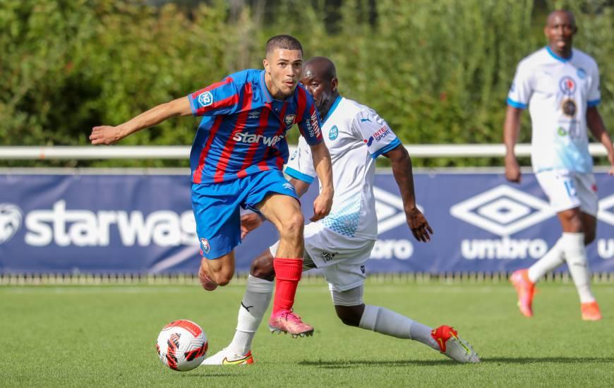 Après être entré en jeu avec la réserve samedi, Clarence Awoudor a vu double hier avec les U19 face à Évreux