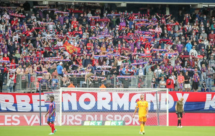 """Les supporters du Stade Malherbe Caen ont pu de nouveau assister à une rencontre des """"rouge et bleu"""" à d'Ornano"""