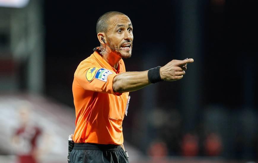 L'abitre de 43 ans avait arbitré le Stade Malherbe Caen pour la dernière fois en 2019