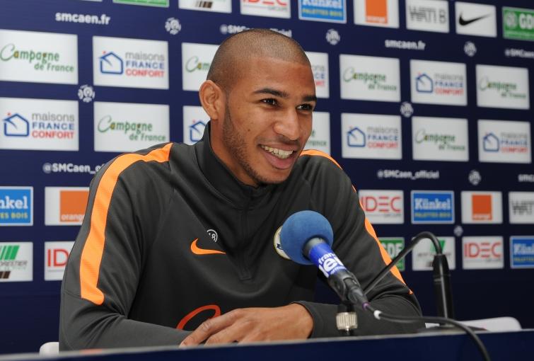 [9e journée de L1] SM Caen 1-0 AS Saint Etienne Adeoti_3