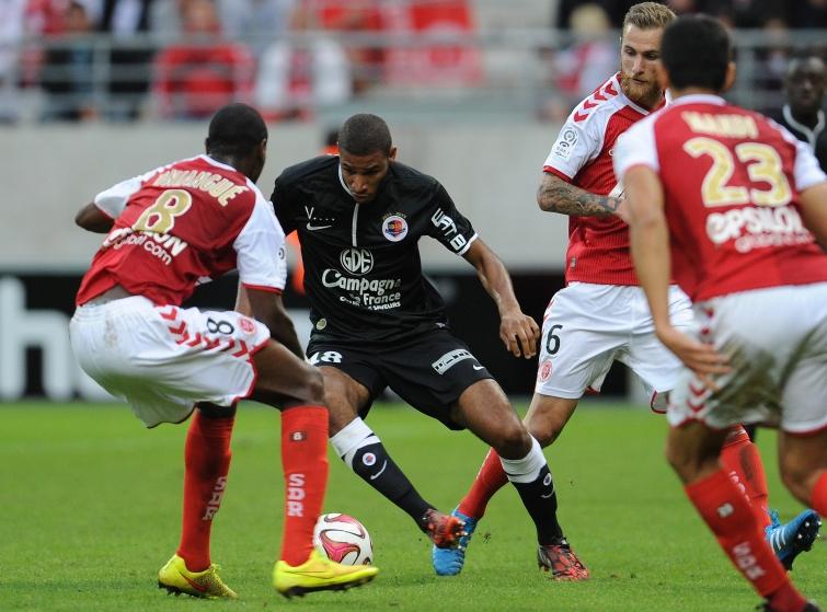 [10e journée de L1] Stade de Reims 0-1 SM Caen  Adeoti_oniangue