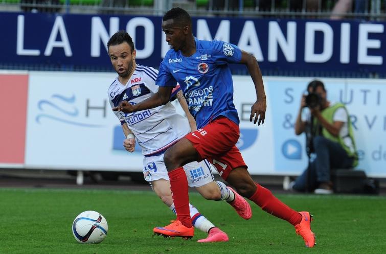 [10e journée de L1] Stade de Reims 0-1 SM Caen  Alhadhur_valbuena_1