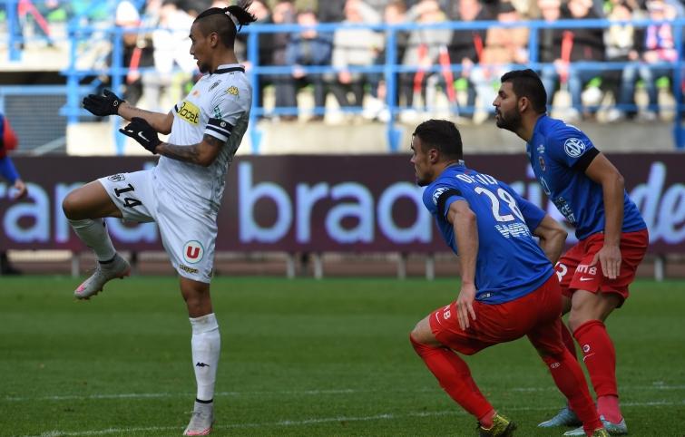 [20e journée de L1] Angers SCO 2-0 SM Caen  Da_silva_ben_youssef_attentifs