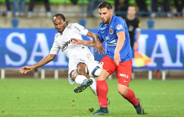 [35e journée de L1] EA Guingamp 1-1 SM Caen Delort_sorbon_4