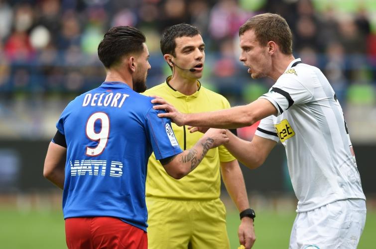 [20e journée de L1] Angers SCO 2-0 SM Caen  Delort_thomas_pas_d_accord