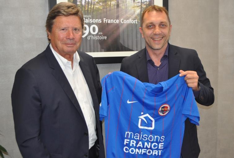 Maisons france confort nouveau sponsor maillot du sm caen for Maison france confort caen