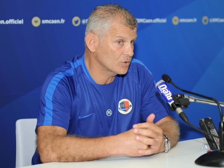"""Patrice Garande dit """"El Local"""" coach du SMC  - Page 12 P_garande_1"""