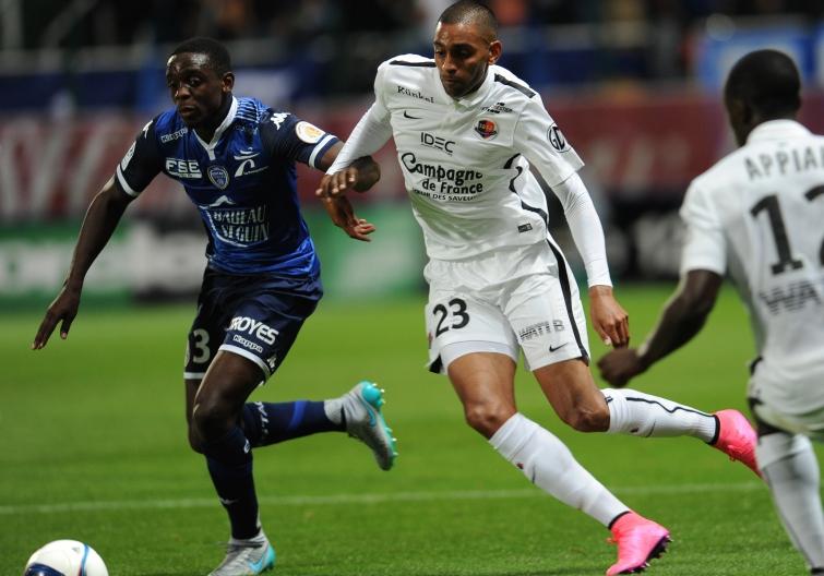 [5e journée de L1] ES Troyes AC 1-3 SM Caen  - Page 4 Ronny_rodelin_0