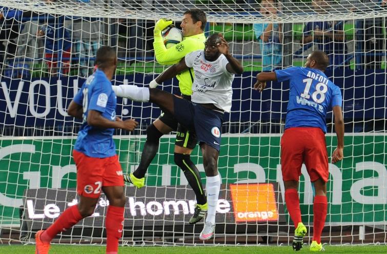 [22e journée de L1] Montpellier HSC 1-2 SM Caen  Vercoutre_assure_1