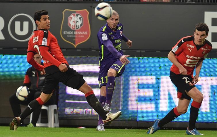 [27e journée de L1] SM Caen 1-0 Stade Rennais Vincent_bessat_1
