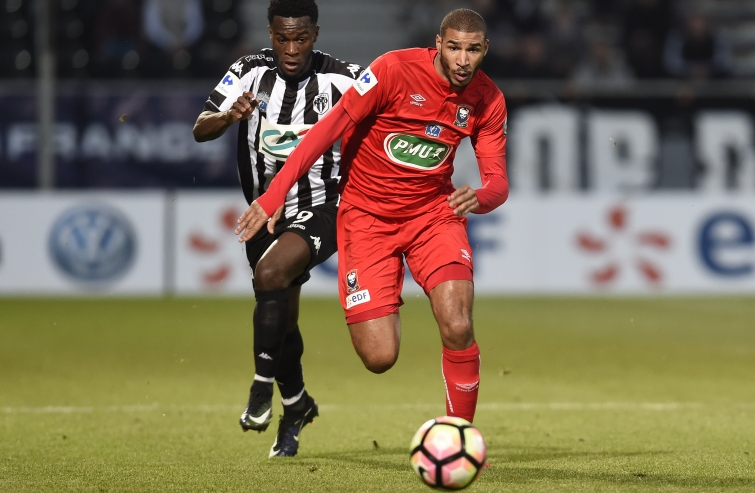 [28e journée de L1] SM Caen 2-3 Angers SCO Adeoti_bamba_1
