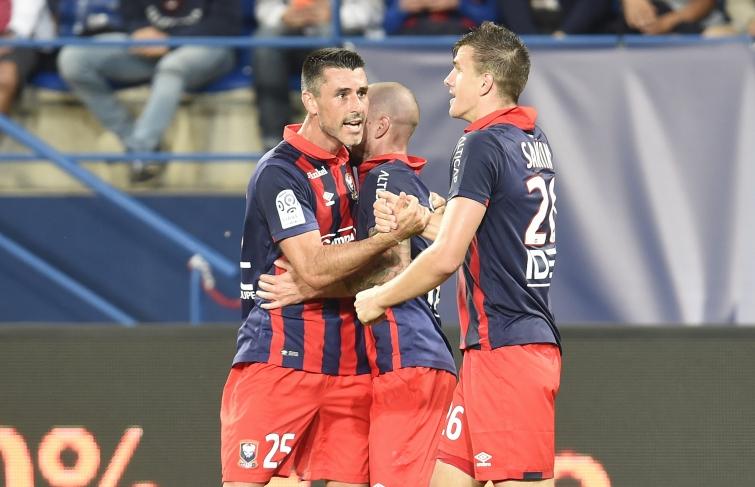 [1e journée de L1] SM Caen 3-2 FC Lorient - Page 3 Feret_felicite_santini