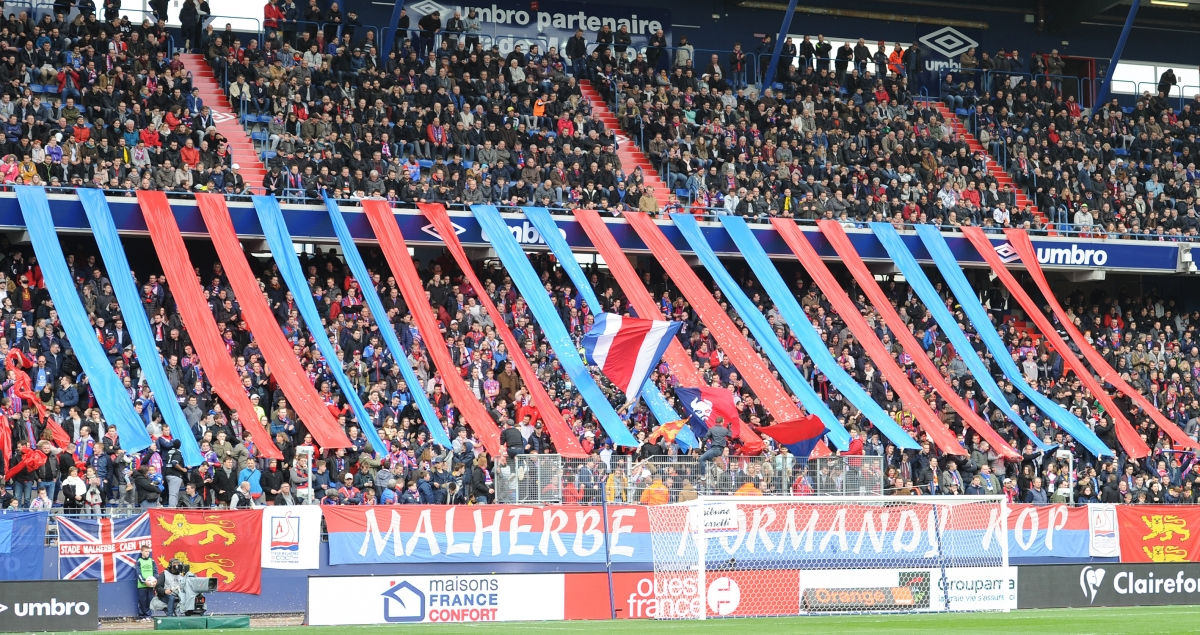 [32e journée de L1] SM Caen 0-2 Montpellier HSC Tifo_mnk_1